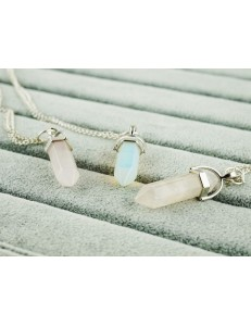 Crystal Necklace /light pink/